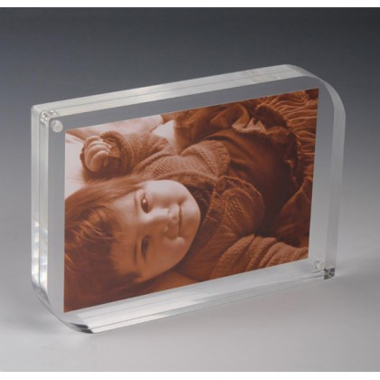 LEAF SHAPED CLEAR ACRYLIC MAGNETIC PICTURE FRAME